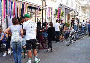 Open End Shopping auf der Marktstraße im Karoviertel