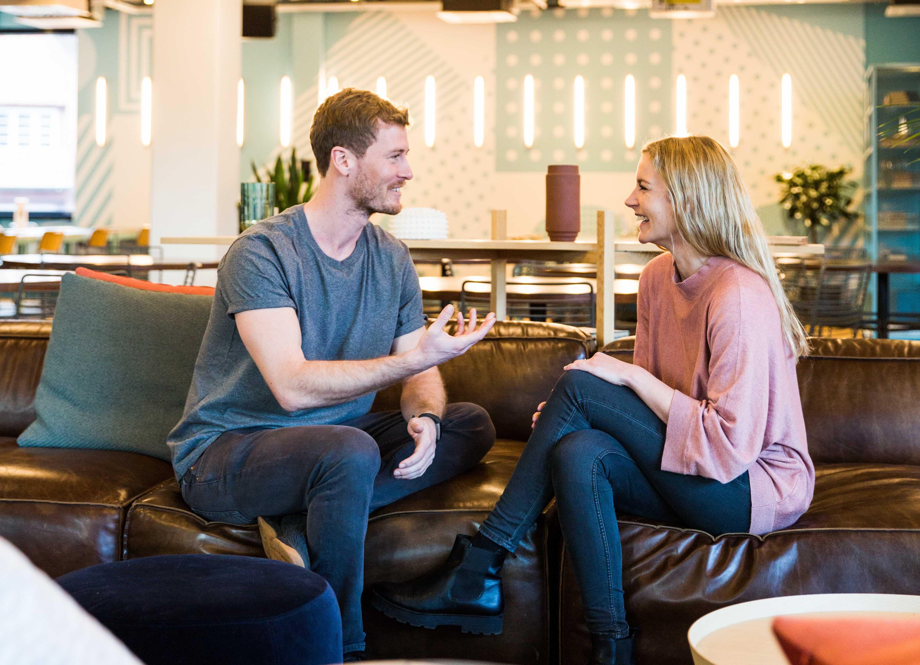 Findeling und Fairling Betreiber der Internetplattformen Katharina Walter und Florian Schneider stellen das Unternehmen vor.